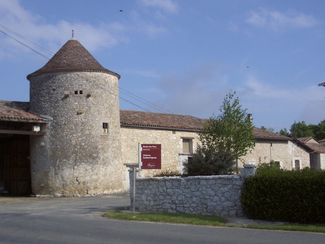Chateau Ladesvignes