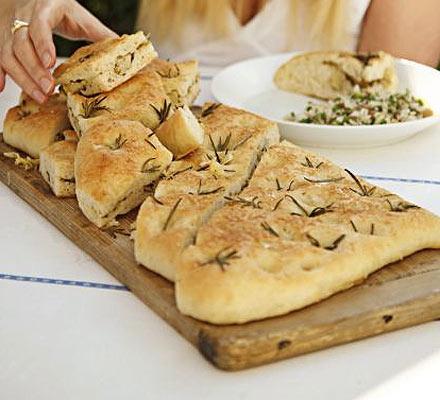 focaccia click focaccia bread focaccia pain huile romarin focaccia ...