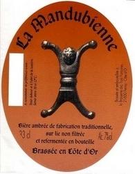 Une Mendubienne tatouée à 90 % de son corp Brasserie_des_troi