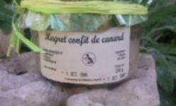 Le magret confit, une des spécialités de la ferme des Godement