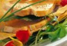 http://www.recettespourtous.com/files/imagecache/recette_fiche/img_recettes/2420_Foie_gras_graines_de_pavot_bleu.jpg