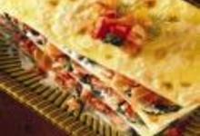 http://www.recettespourtous.com/files/imagecache/recette_fiche/img_recettes/15366_recette_lasagnes_saumon_fume_epinards.jpg