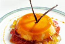 Crème Renversée sur lit de Fruits Confits