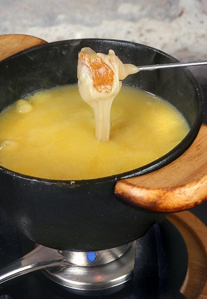 recette fondue au comt recette officielle. Black Bedroom Furniture Sets. Home Design Ideas