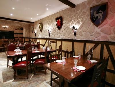 restaurant le tranchoir toulouse 31000. Black Bedroom Furniture Sets. Home Design Ideas