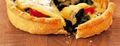 Tarte à la Fourme de Montbrison, épinards et cerises confites