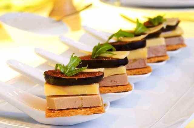 Recette bouchees aperitives au foie gras et a l 39 old dutch for Amuse bouche foie gras aperitif