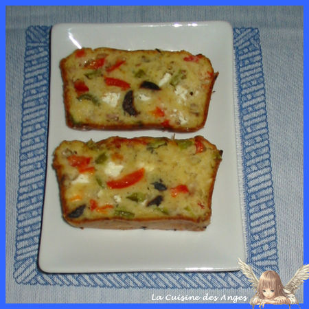 recette cake aux poivrons thon f ta et olives noires. Black Bedroom Furniture Sets. Home Design Ideas