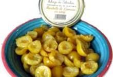 Utilisez des mirabelles au sirop, pour le jus.