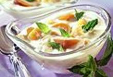 Coupes de yaourt aux abricots
