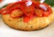 Sablés au parmesan, fraises, roquette au vinaigre balsamique