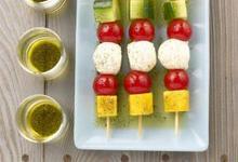 Brochettes de Tomates et Concombres de France et mangues à l'huile de vanille