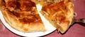 Tourte fourrée aux pomes et au foie gras