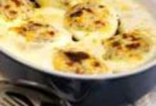http://www.recettespourtous.com/files/imagecache/recette_fiche/img_recettes/14735_recette_oeufs_farcis_chimay_champignons_bechamel_244.jpg