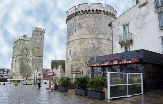 restaurant les flots la rochelle 17000. Black Bedroom Furniture Sets. Home Design Ideas