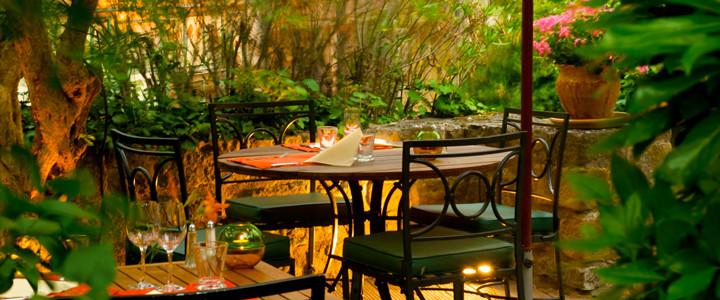 Restaurant h tel de la cit restaurant la barbacane - Restaurant le jardin en ville carcassonne ...
