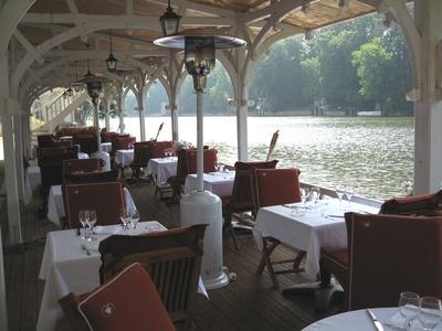 Pavillon Bleu Olivet : restaurant le pavillon bleu olivet 45160 ~ Nature-et-papiers.com Idées de Décoration