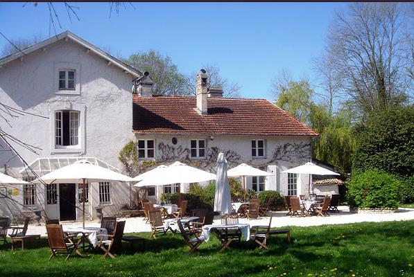 restaurant la source bleue villiers sur marne 52320. Black Bedroom Furniture Sets. Home Design Ideas