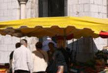 Marché de Loures Barousse