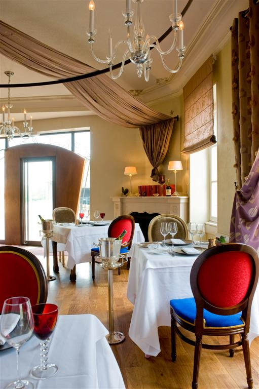 Restaurant Place Du Chateau Vire