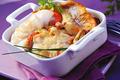 Cassolette de sole et cabillaud gratinés aux crustacés