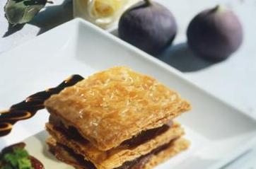 recette feuillet au foie gras et aux figues. Black Bedroom Furniture Sets. Home Design Ideas