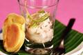 Saga Bordeaux Blanc  Et sa verrine de tartare de poisson au citron vert accompagné de son blinis maison