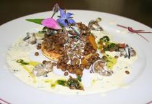 Tartelette d'escargot de Bourgogne sur lentilles blondes de Saint Flour
