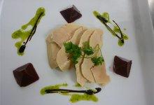 carpaccio de foie gras gelée de griottes