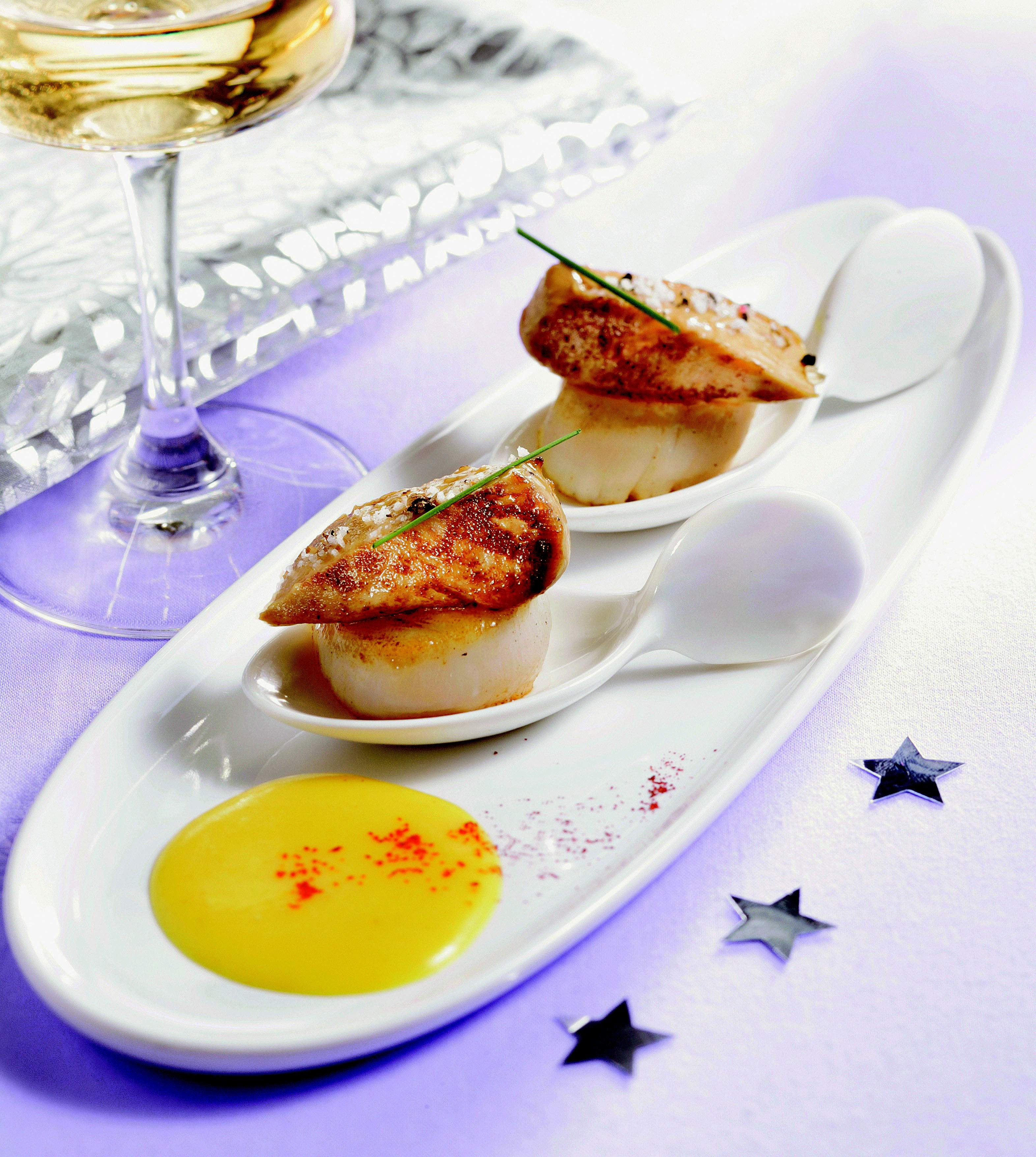 Recette po l es de noix de st jacques au foie gras sur for Entree gastronomique originale