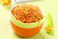 Carottes râpées à l'orange et au miel