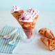 Cornets de crêpes & chantilly à la Confiture de Framboises Bonne Maman