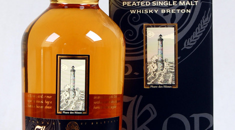 KORNOG Whisky Breton Single Malt Tourbé vieilli en fût de Bourbon. Embouteillage officiel  (70cl).