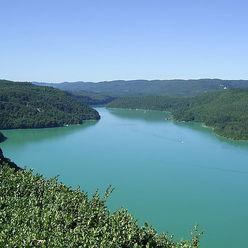 Vue sur le Lac de Vouglans
