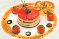 Millefeuille de tomates et poivrons confits  la crme de Chavignol