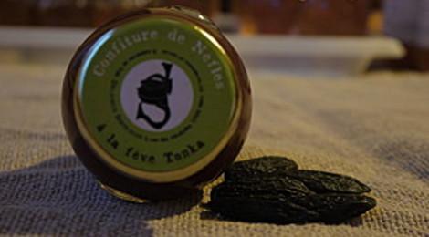Confiture de nèfles à la fève de Tonka
