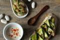 Trios de tapas : Tartine de houmous de Haricots Tarbais et courgettes grillées, Velouté de Haricots Tarbais au piment d'Espelette et Haricots Tarbais au pesto