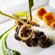 Escargots de Bourgogne en fricassée, purée de persil  et jus d'ail, gnocchis de pomme de terre