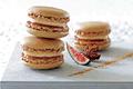 Macarons foie gras et confit de figues violettes