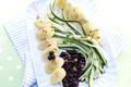 Brochettes de Gnocchis avec Sauce Myrtille