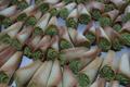 Cornets fourrés pâte d'amande au kirsh