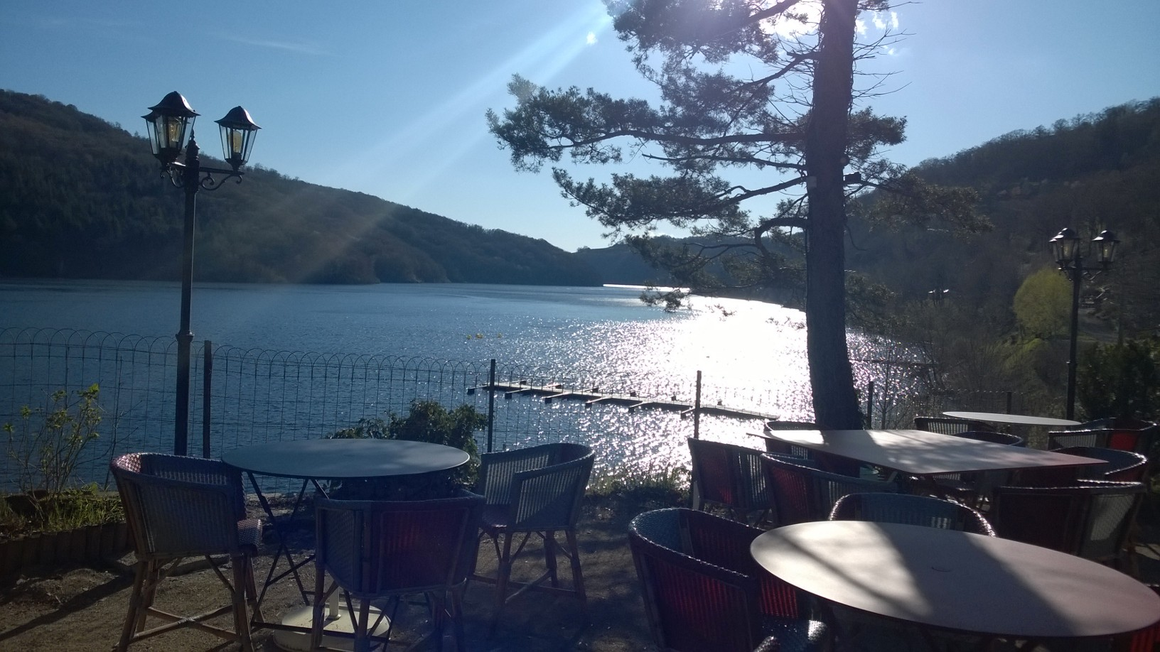 restaurant le chalet du lac therondels 12600