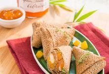 Crêpes façon samossas de poulet à la Confiture d'Abricots Bonne Maman