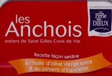 Anchois entiers à l'huile d'olive et piments d'Espelette