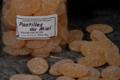 Les berlingots de Pézenas. Confiserie Boudet. Pastilles au miel