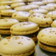 Chocolaterie Védasienne. Macarons Caramel au beurre salé