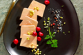 Carpaccio de Foie Gras à l'huile de pistache et griottes